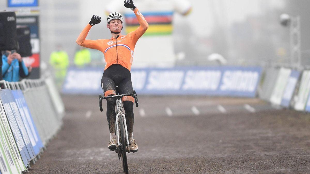 Mathieu van der Poel - Cyclocross World Championship Ostende 2021 - Imago pub only in ITAxGERxSUIxAUT