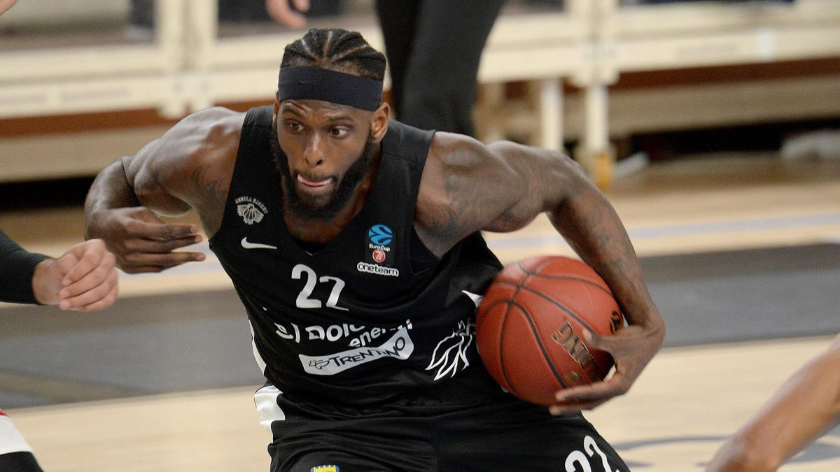 JaCorey Williams of Dolomiti Energia Trentino in actions during the 7DAYS EuroCup match between Dolomiti Energia Trentino and Lokomotiv Kuban Krasnodar on January 26, 2021 in Trento, Italy.