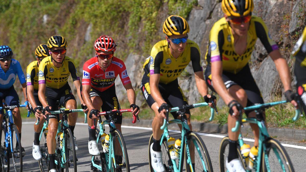 Jumbo Visma are una dintre cele mai tari echipe din istoria ciclismului