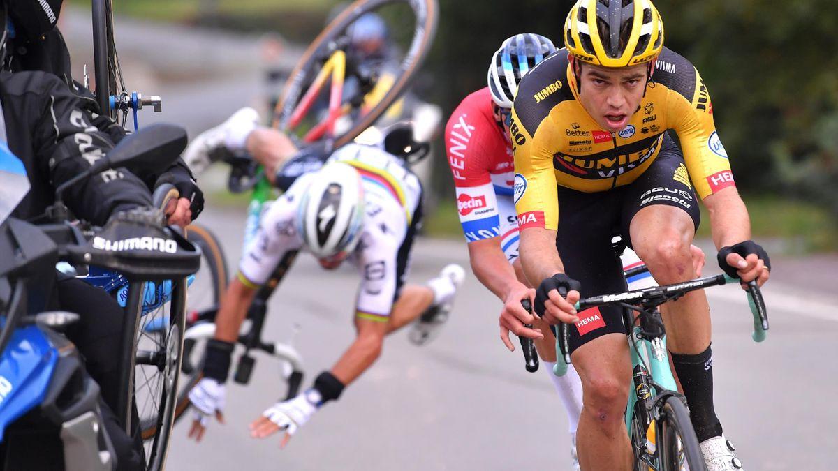 Crash Julian Alaphilippe