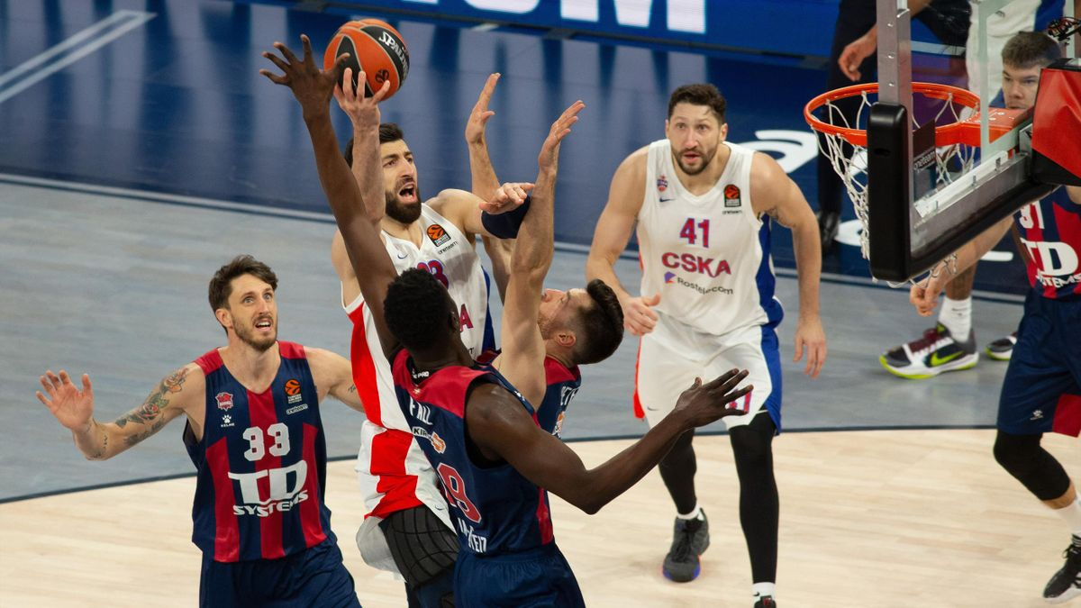 Tornike Shengelia, #23 of CSKA Moscow in action during the 2020/2021 Turkish Airlines EuroLeague Regular Season Round 18 match between TD Systems Baskonia Vitoria-Gasteiz and CSKA Moscow at Fernando Buesa Arena on January 07, 2021 in Vitoria-Gasteiz