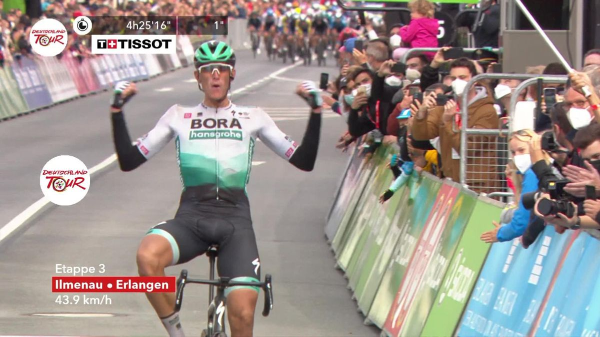 'Magnificent stuff' - Nils Politt secures Stage 3 victory