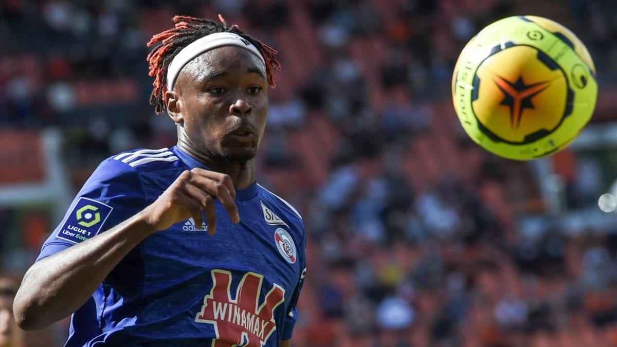 Simakan - Lorient-Racing Strasbourg - Ligue 1 2020/2021 - Getty Images