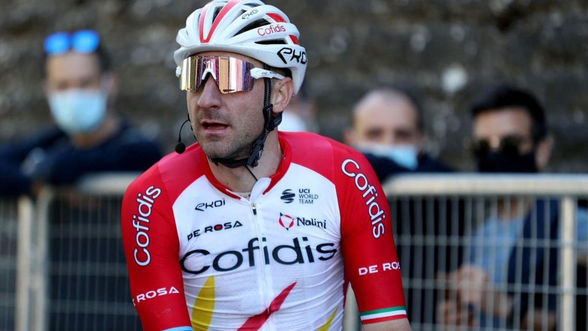 Elia Viviani alla partenza di una tappa del Giro d'Italia - Giro d'Italia 2021