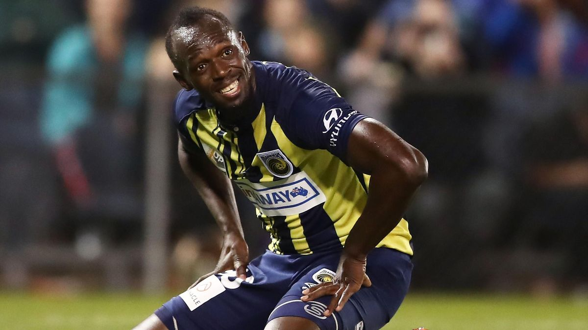 Usain Bolt of the Mariners looks on during the pre-season friendly match between the Central Coast Mariners and Macarthur South West United at Campbelltown Sports Stadium on October 12, 2018 in Sydney, Australia.