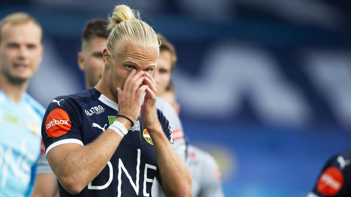 Strømsgodset-spiss Lars-Jørgen Salvesen under Eliteserie-kampen mot Viking på Marienlyst stadion i 2020.