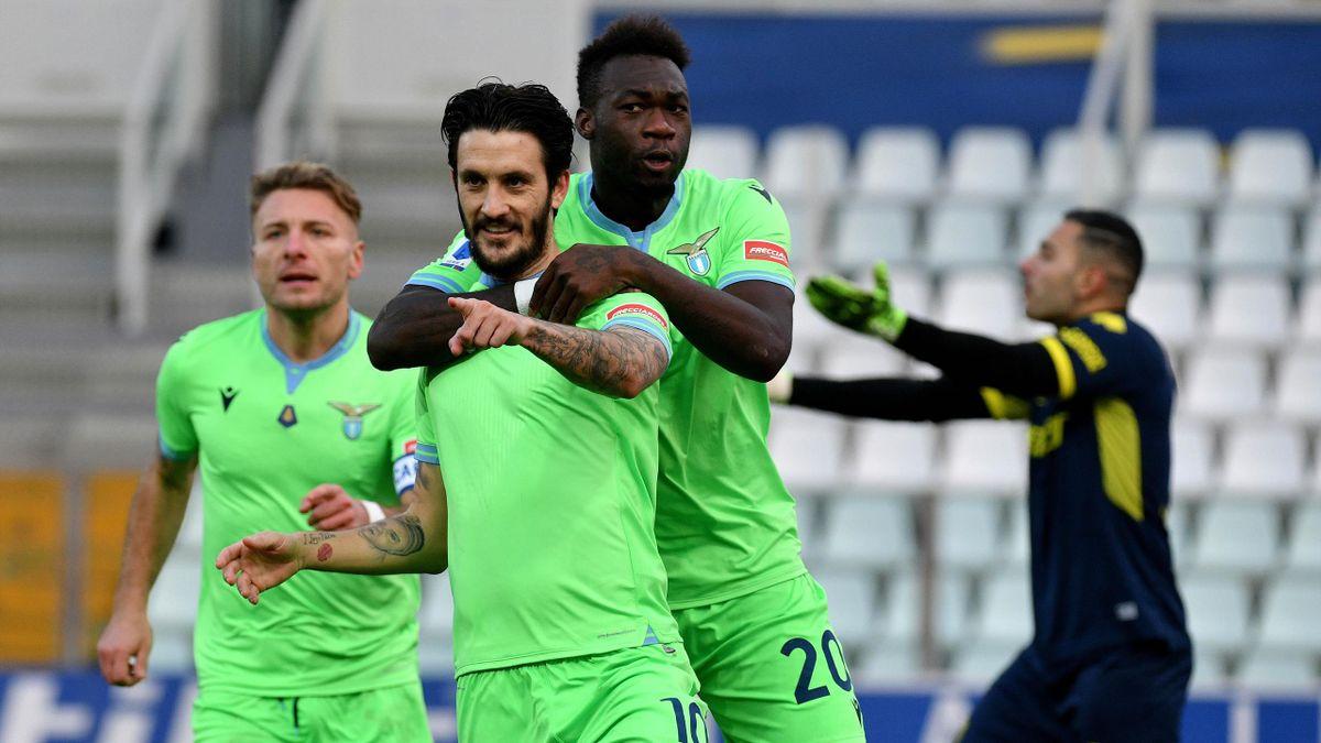 Luis Alberto e Felipe Caicedo esultano dopo il gol dell'1-0, Parma-Lazio, Serie A 2020-21, Getty Images