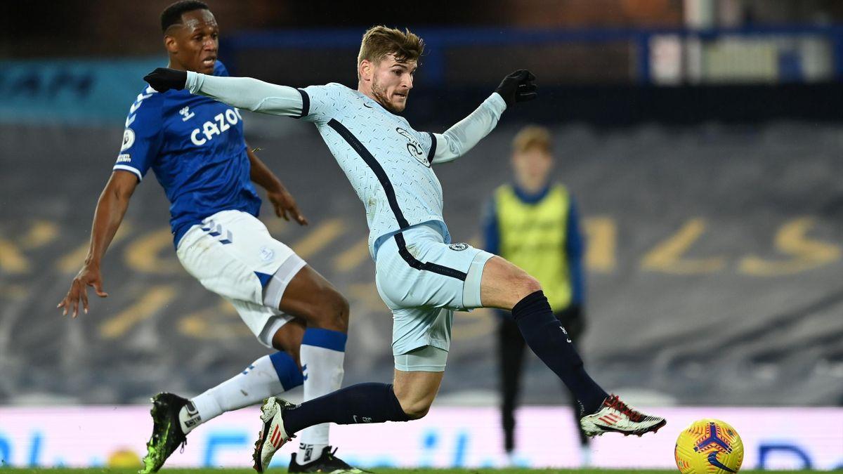Timo Werner (r.) und der FC Chelsea unterliegen beim FC Everton