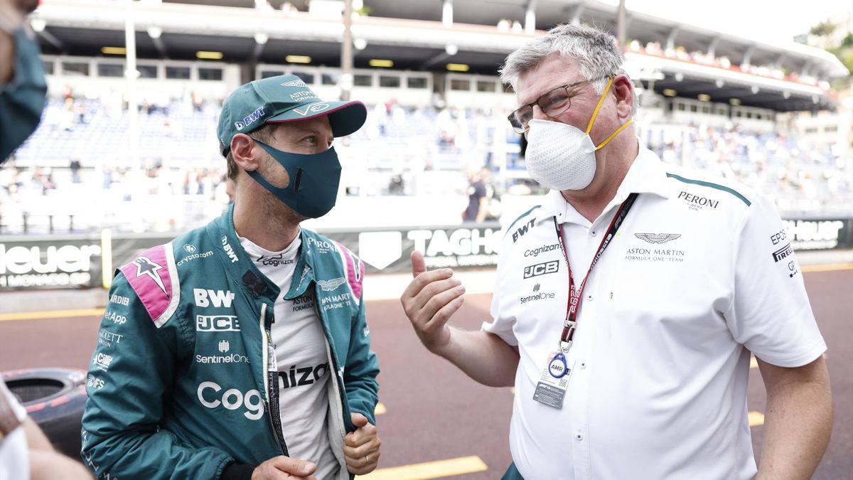 Sebastian Vettel (links) und Aston-Martin-Teamchef Otmar Szafnauer
