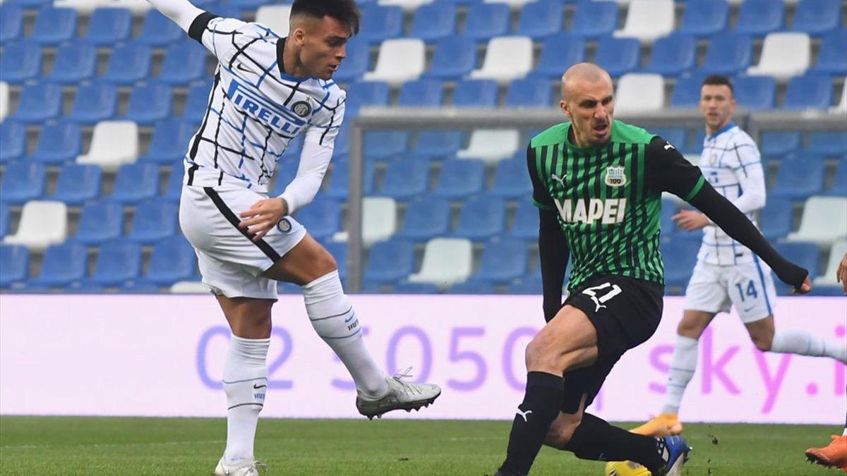 Vlad Chiricheș, în Sassuolo vs Inter