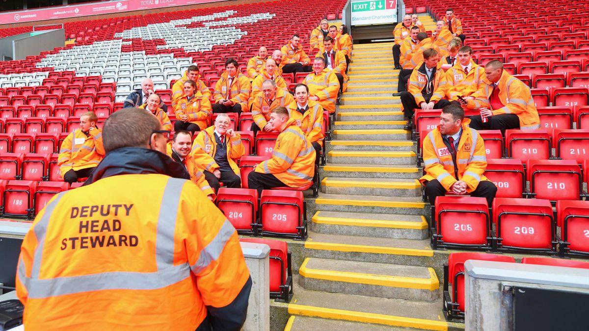 Steward Liverpool-Anfield -Premier league 2014 - Getty Images