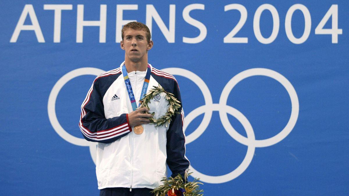 Michael Phelps, pe podium la Jocurile Olimpice de la Atena, 2004