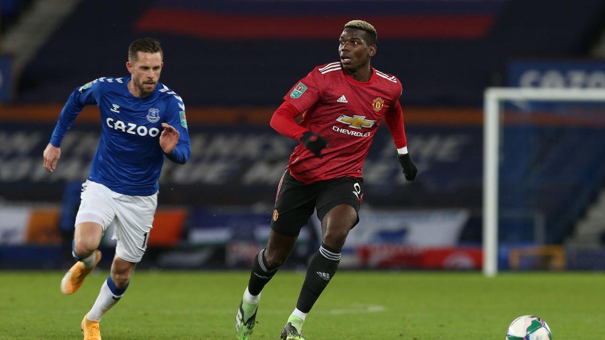 Gilfy Sigurdsson (Everton) et Paul Pogba (Manchester United)