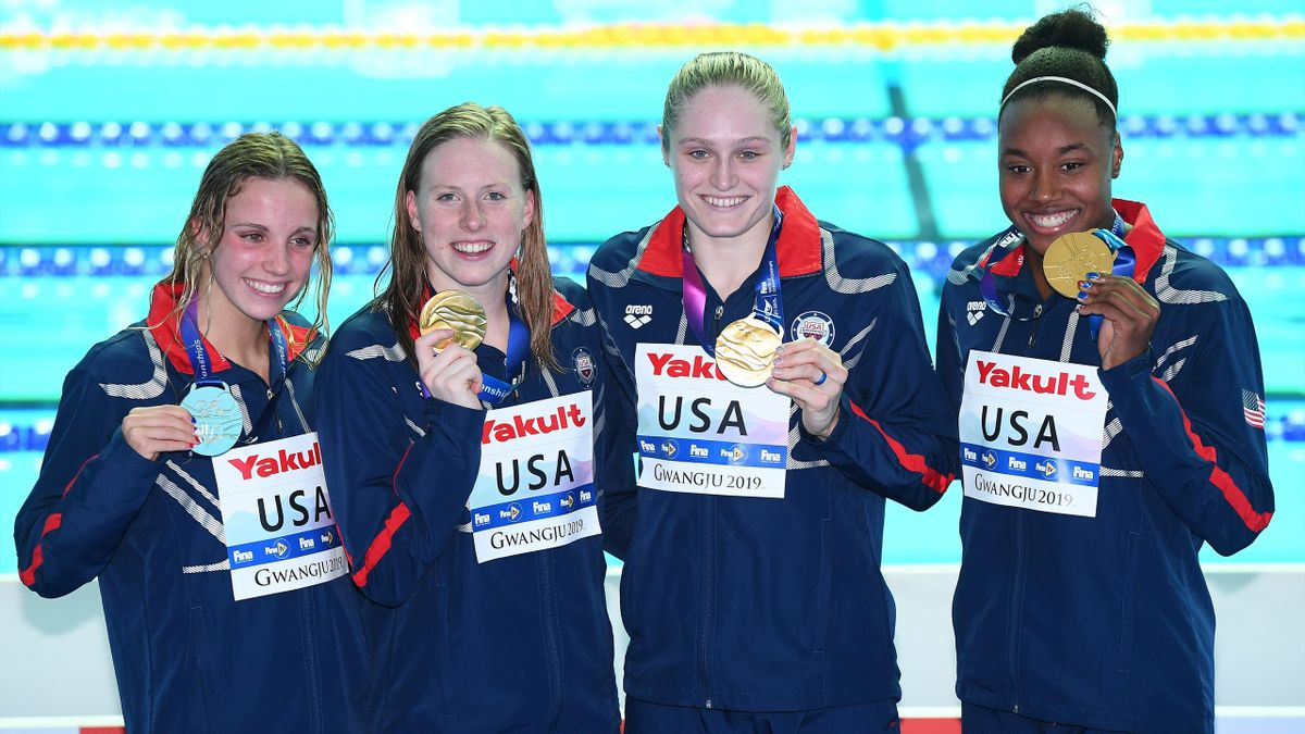 Team USA set new world record in the 4x100m medley