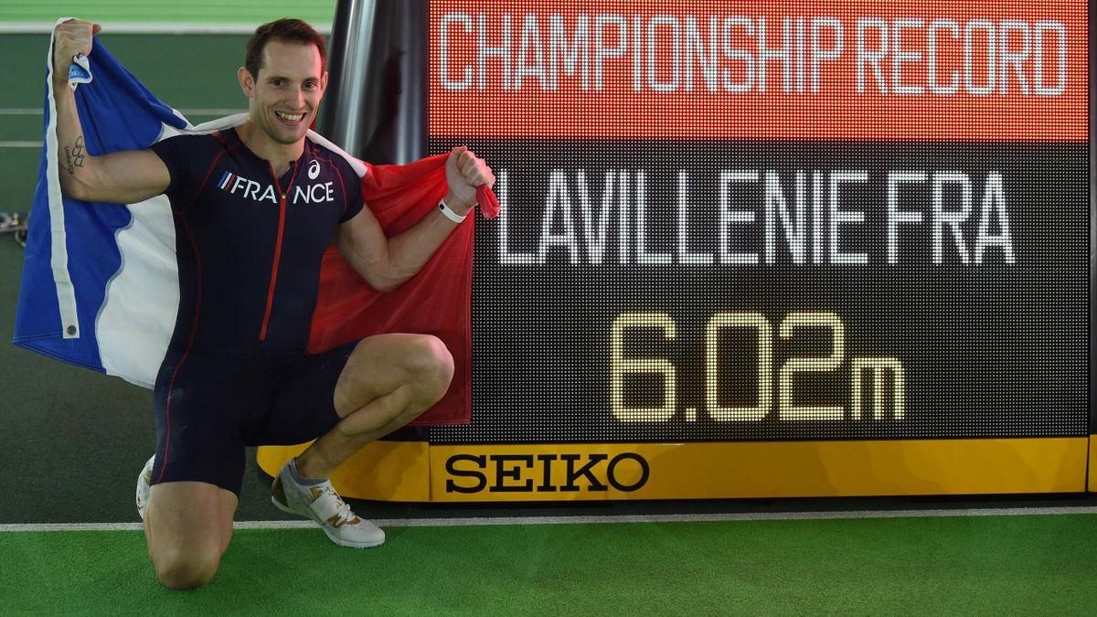Renaud Lavillenie a décroché son deuxième titre mondial en salle avec un saut à 6,02 m