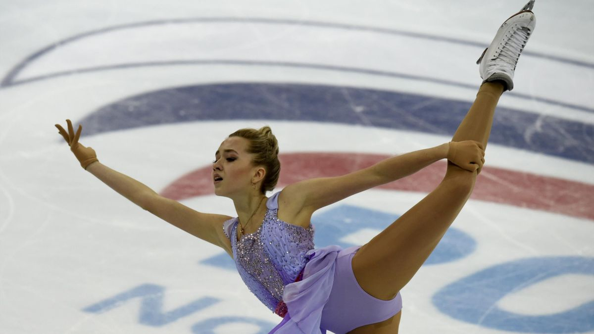 Russia's Elena Radionova performs during the ladies free skating at the ISU Grand Prix Figure skating Rostelekom Cup in Moscow on November 21, 2015