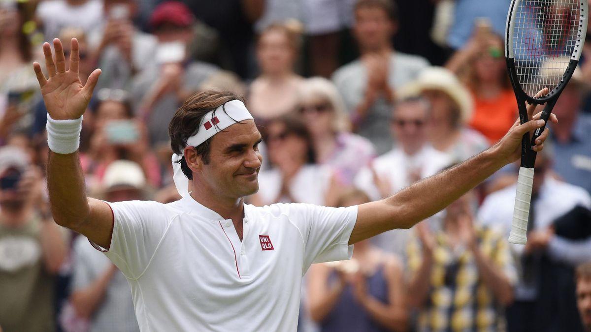 Roger Federer celebra su pase a cuartos de final en Wimbledon 2018 tras vencer a Adrian Mannarino