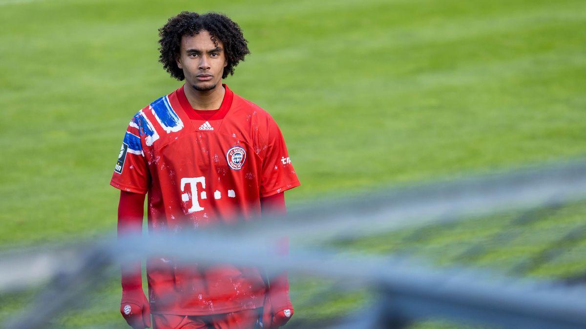 Bayern-Jungstar Joshua Zirkzee wurde für drei Spiele gesperrt. Das könnte seinen Wunsch, verliehen zu werden, gefährden