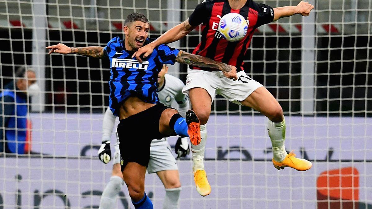 Ibrahimovic gagne son duel face à Kolarov (Inter-Milan)