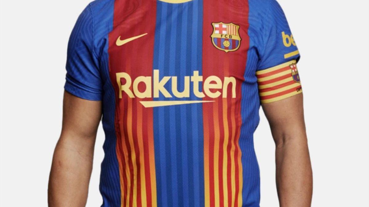 Le maillot inédit du FC Barcelone pour le clasico face au Real Madrid
