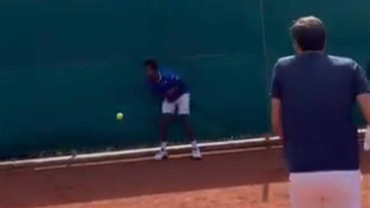 Roger Federer trifft Gael Monfils
