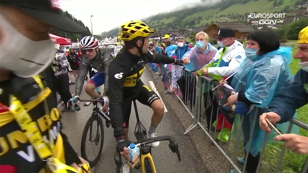 WATCH - Roglic takes time out to talk at the end of the race despite huge losses