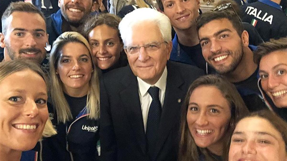 Federica Pellegrini nel selfie con il Presidente della Repubblica Mattarella