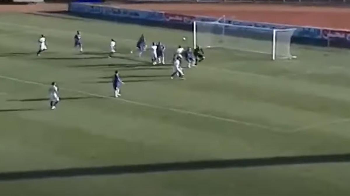 Gol fabulos, marcat direct din out de la margine