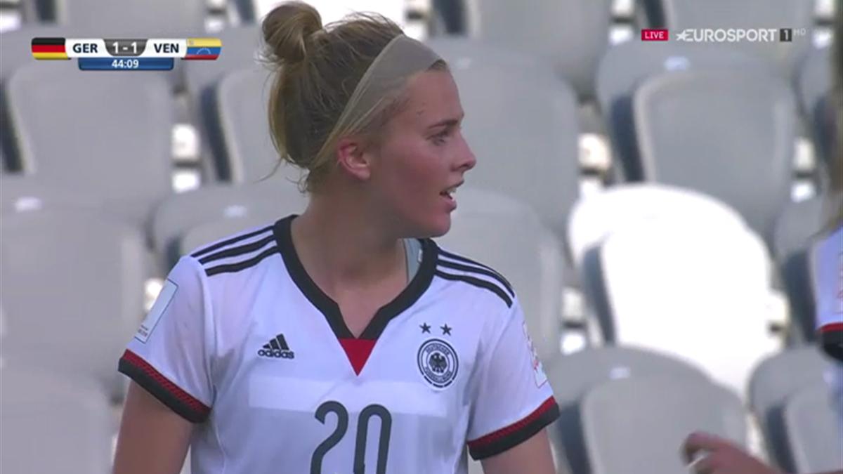 Laura Freigang (Deutschland U20) bei der WM