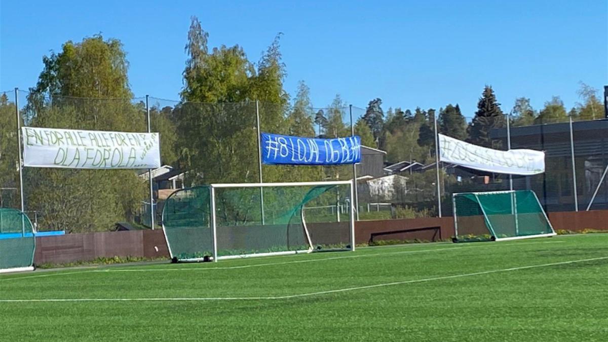 Banner på Nadderud.  Foto: Tipser