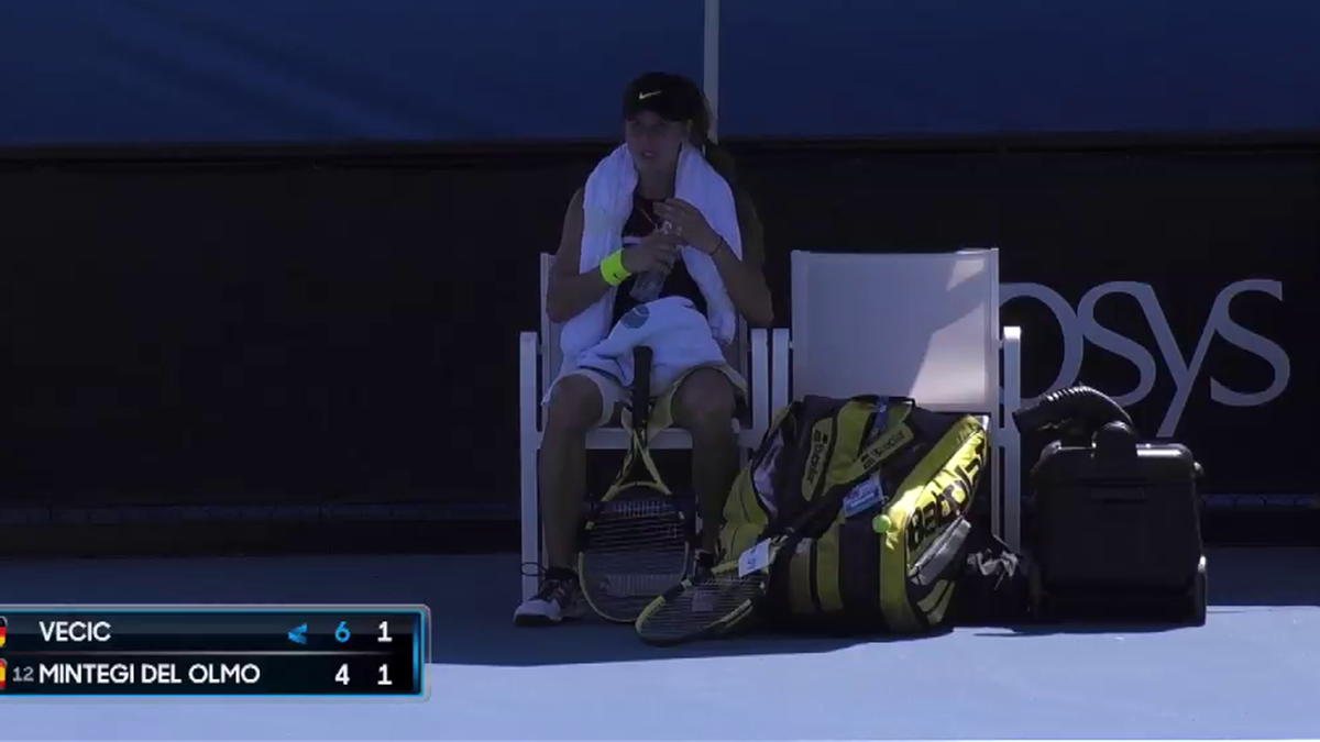 Australian Open : Junior's match stopped by the heat Vecic v Mintegi Del Olmo