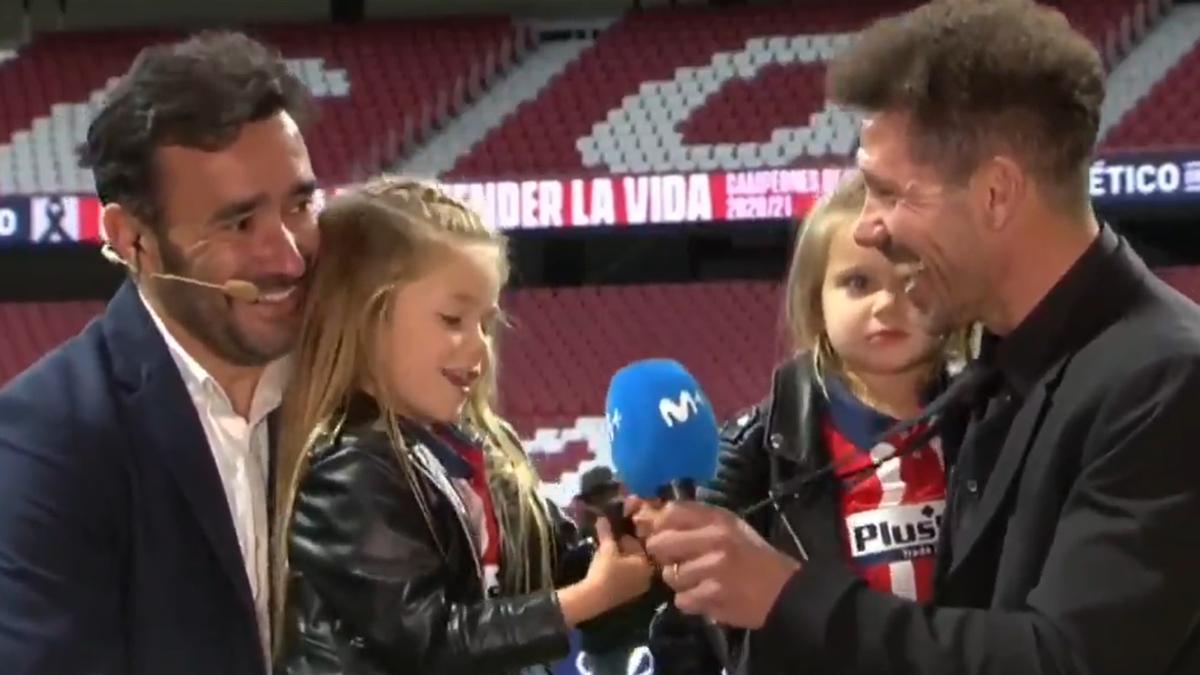 Una dintre fetiţele lui Diego Simeone a sărbătorit cu imnul lui Ateltico titlul cucerit sâmbătă