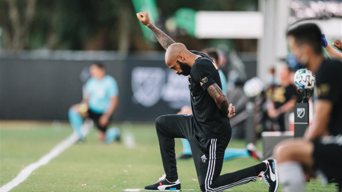 Thierry Henry, en memoria de George Floyd (Foto: Twitter MLS)