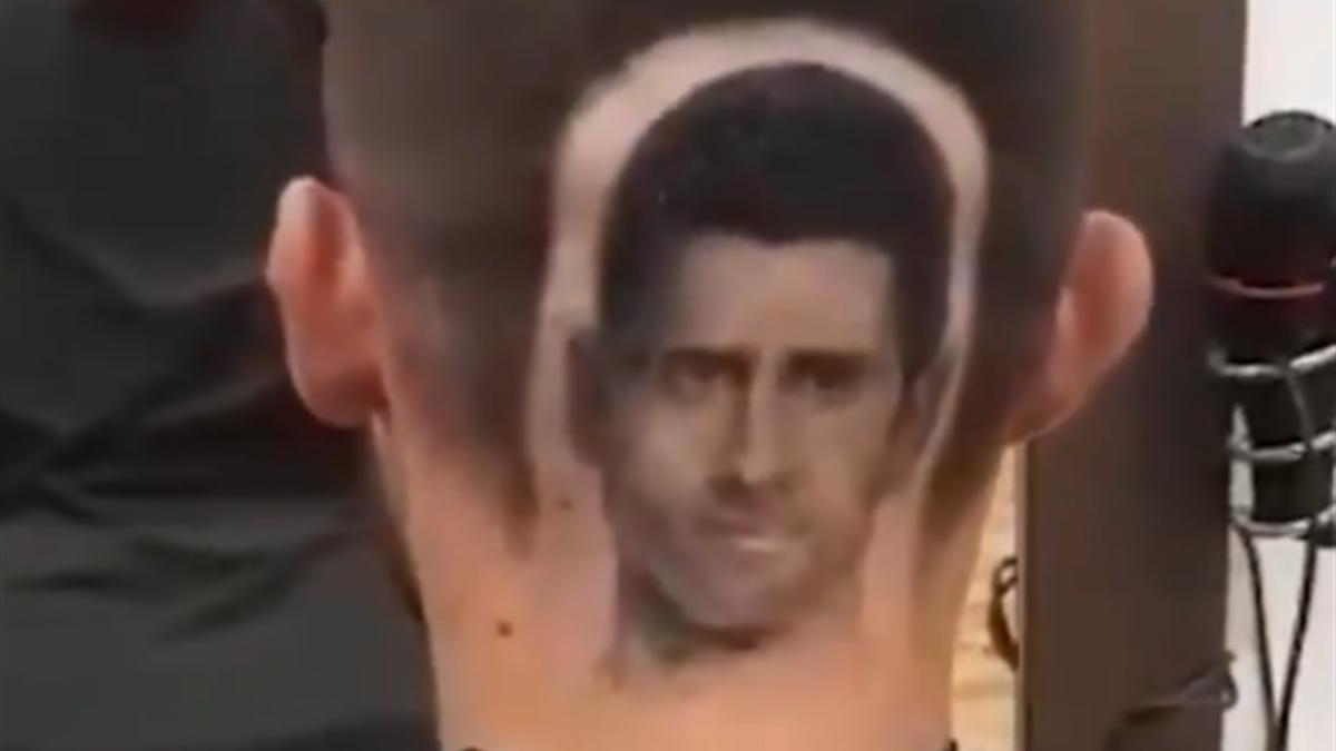 Fan lässt sich Kopf von Novak Djokovic als Tattoo stechen
