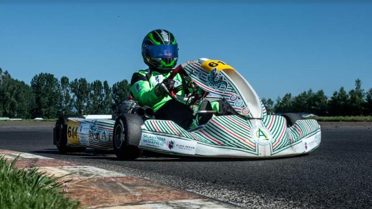 """Octav Costache, """"artistul"""" de pe circuitele de karting din România"""