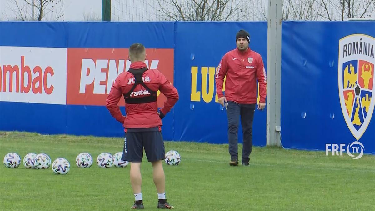 Adrian Mutu, antrenament alături de Alex Mățan și Marco Dulca (sursa foto: FRF.ro)