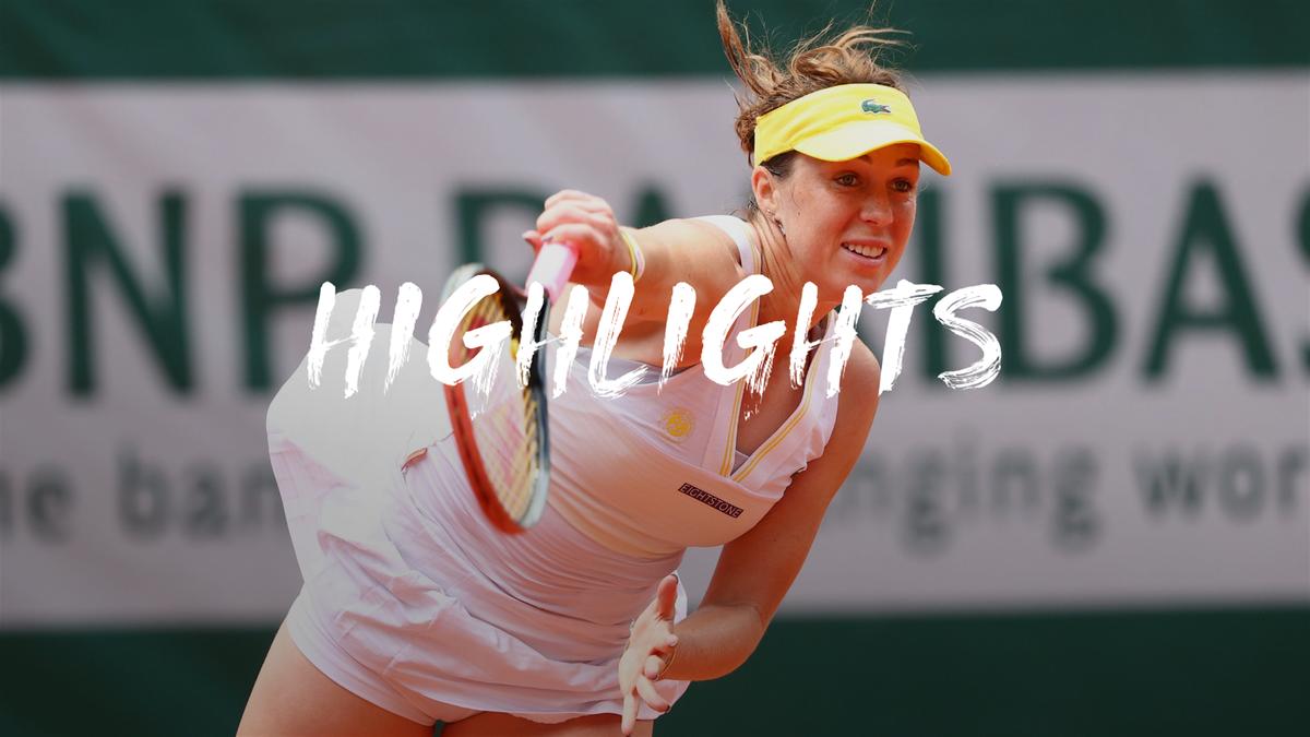 Highlights: Pavlyuchenkova overcomes Azarenka to reach quarter final