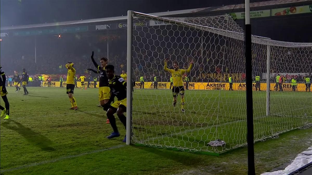 Lillestrøm scoret fire mål, men det er Start som spiller i Eliteserien neste år