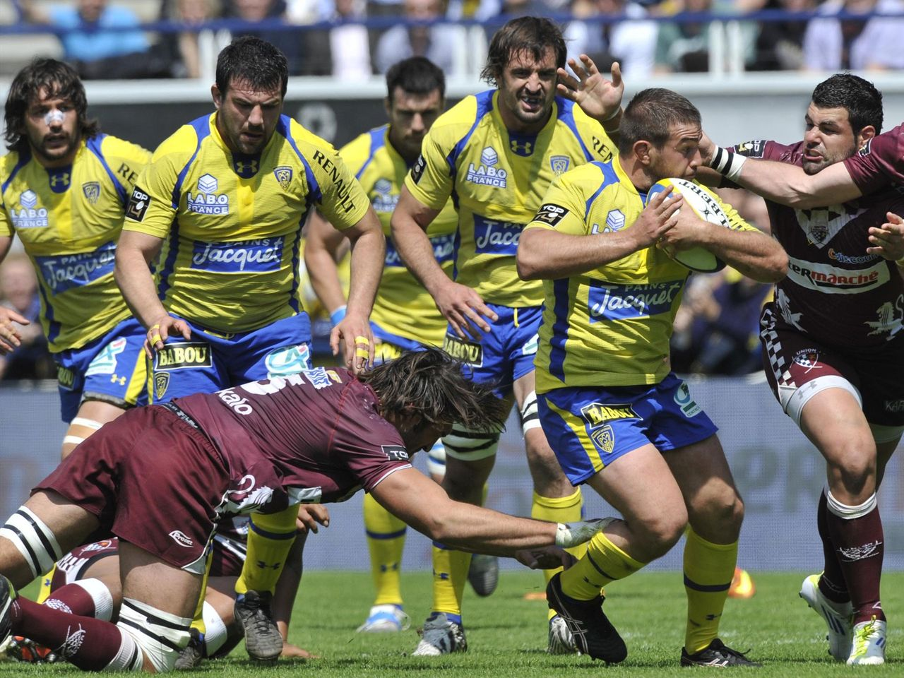 Clermont extend winning streak to 60 - Eurosport