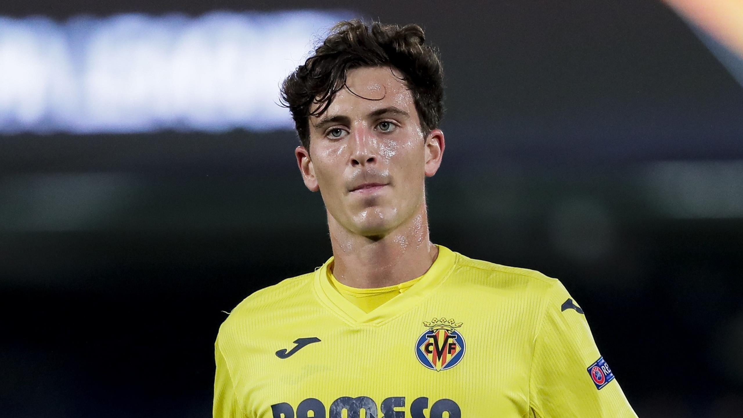 Utd Summer 2022 Calendar.Transfers Manchester United Contact Villarreal S Pau Torres Over 50m Summer Move Paper Round Eurosport