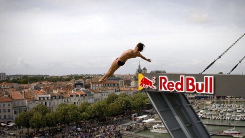 Aceastea sunt cele mai periculoase căzături de la Red Bull Cliff Diving World Series, 2020