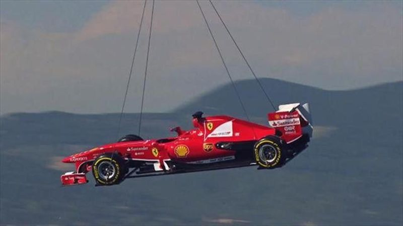 Uçtu uçtu Ferrari uçtu