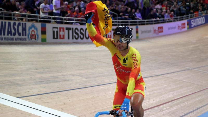 Medalla de plata para Sebastián Mora en el Mundial de Ciclismo en Pista de Berlín