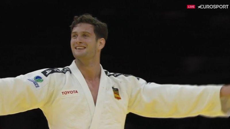 Nico Shera hace historia y se proclama campeón mundial por segunda vez