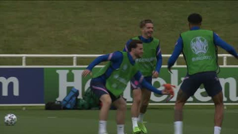 England play game of 'rubber chicken' before Croatia clash