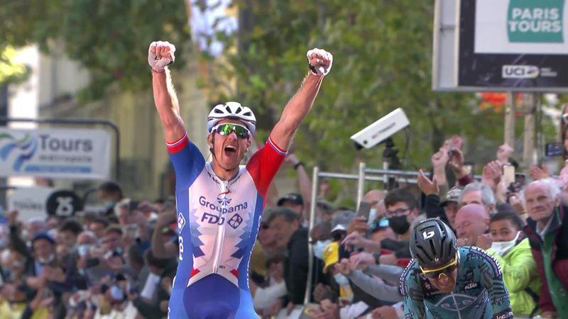 'Cathartic moment' as Démare seals Paris-Tours success