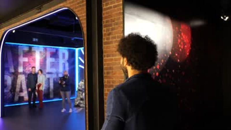 Mohamed Salah comes face to face with himself at Madame Tussauds