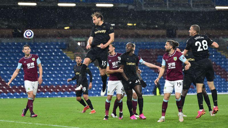 """Premier League. Burnley - West Ham 1-2. """"Ciocănarii"""" continuă cursa pentru locurile de UCL"""