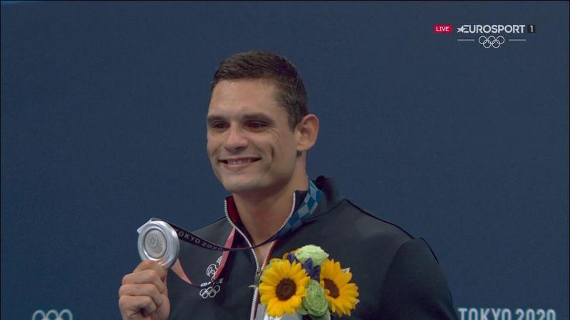 Manaudou, argent resplendissant : grand sourire et énorme soulagement sur le podium