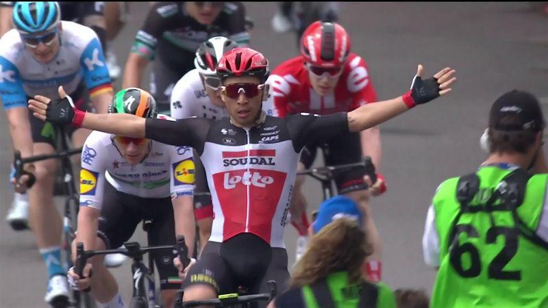 Tour Down Under (4ª etapa): Caleb Ewan se impone a Bennett en un esprint de puro fuego